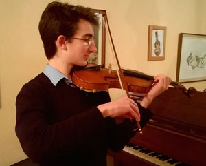 young-viola-player