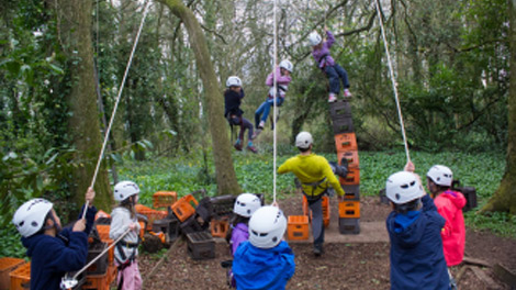 children with ropes at the Wilderness Centre